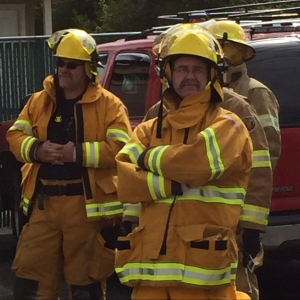 From Civilian Clothes to Fully Dressed in PPE and SCBA in 1 minute 58 seconds!    Speedy Ron The Painter Academy 2015